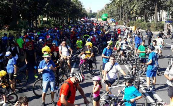 Día de la Bicicleta en Málaga, organizado por Deporinter.
